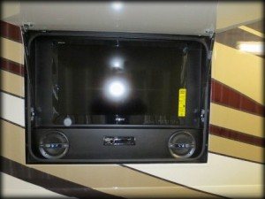 RV Exterior Repair & RV Bay Entertainment System Installation
