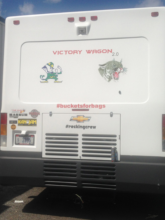 victory-wagon-motorhome-remodeled-by-hanckock