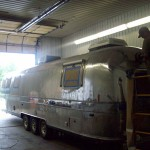 Airstream-Polishing-in-Process.1